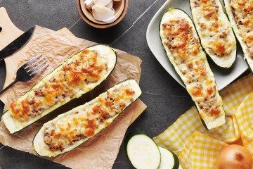 Überbackene Zucchini mit Hackfleisch