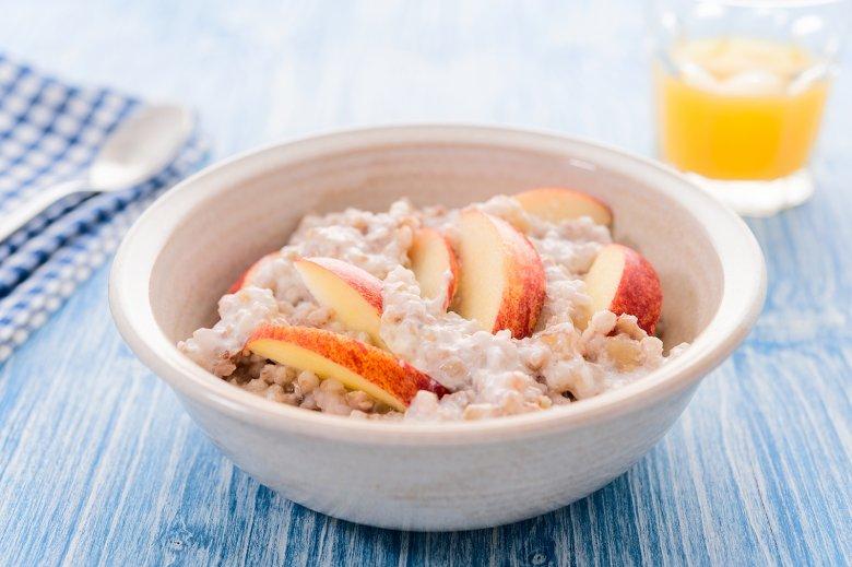 Porridge mit Apfel