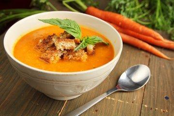 Möhren-Kurkuma-Suppe