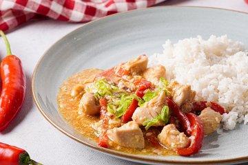 Kung Pao - Hühnerfleisch mit Paprika und Gemüse
