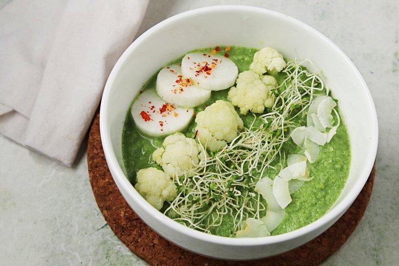Blumenkohl-Kokos-Suppe mit Spinat