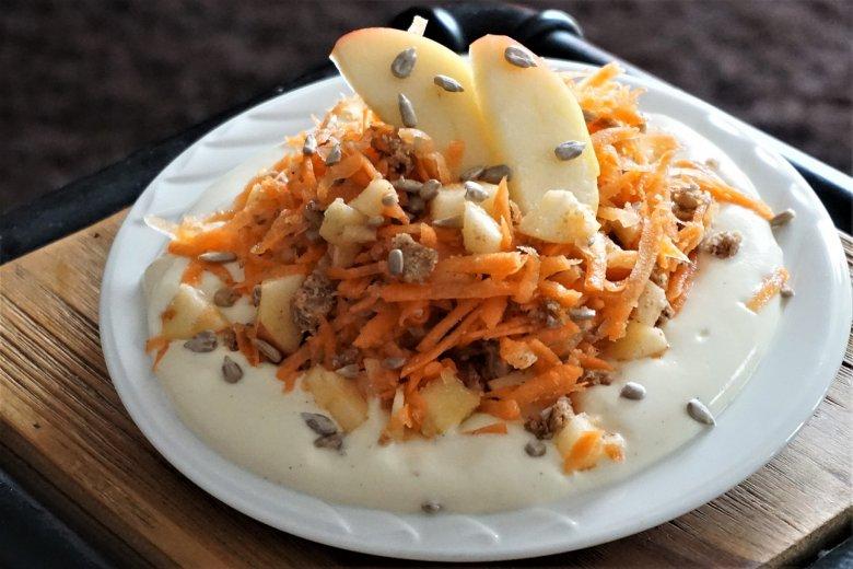 Karotten-Apfel-Müsli