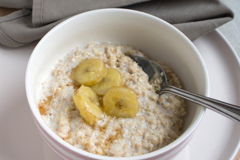 Oatmeal mit karamellisierter Banane