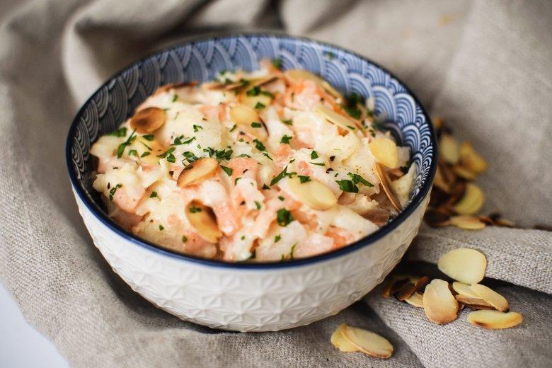 Möhren-Sellerie-Salat mit Mandeln
