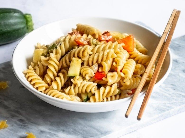 Vegane One Pot Asia-Pasta