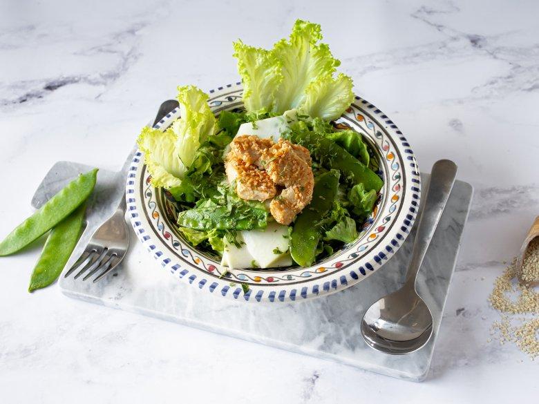 Frühlingssalat mit Hähnchenbrust