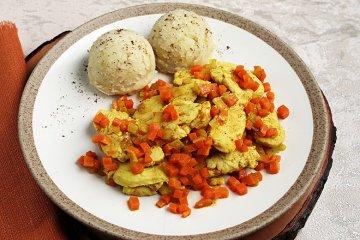 Curry-Huhn mit Sour-Cream-Kartoffelbrei