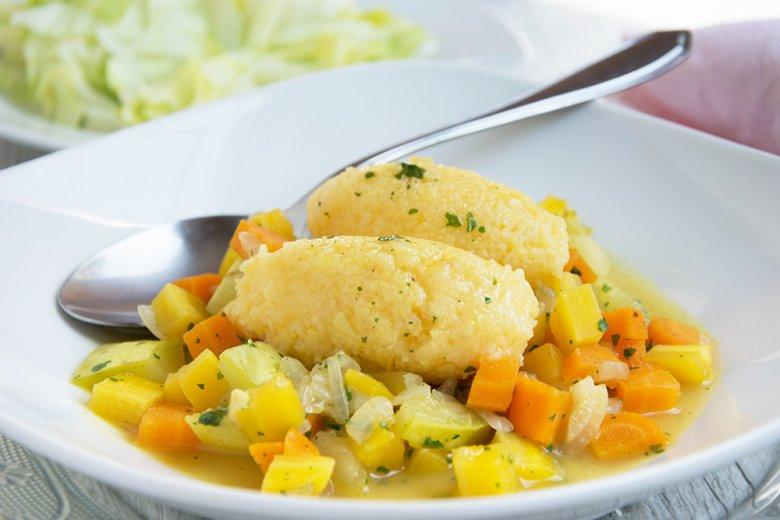 Gemüse mit Polentanocken