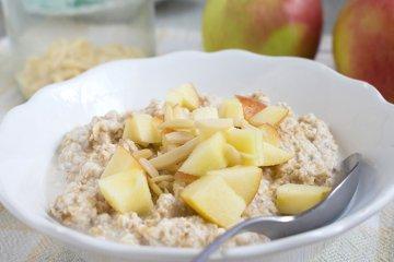 Veganes Apfel-Zimt-Müsli