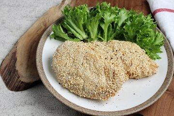 Hähnchen-Schnitzel mit Sesam