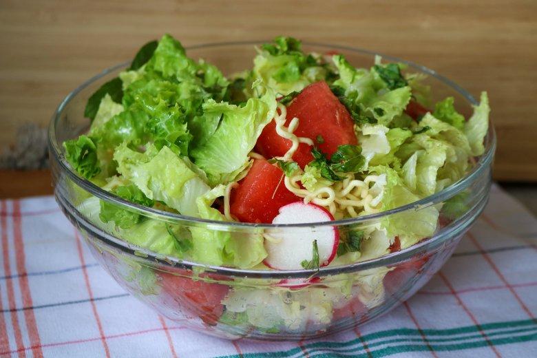 Nudelsalat mit Wassermelone