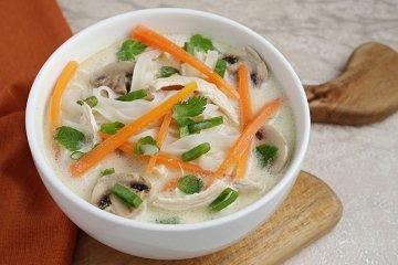 Tom-Ka-Gai-Suppe