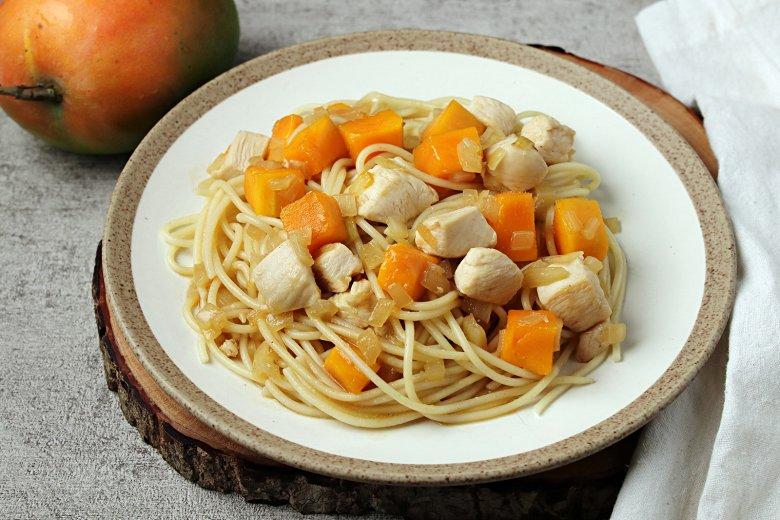 Hühnchen-Mango-Pasta