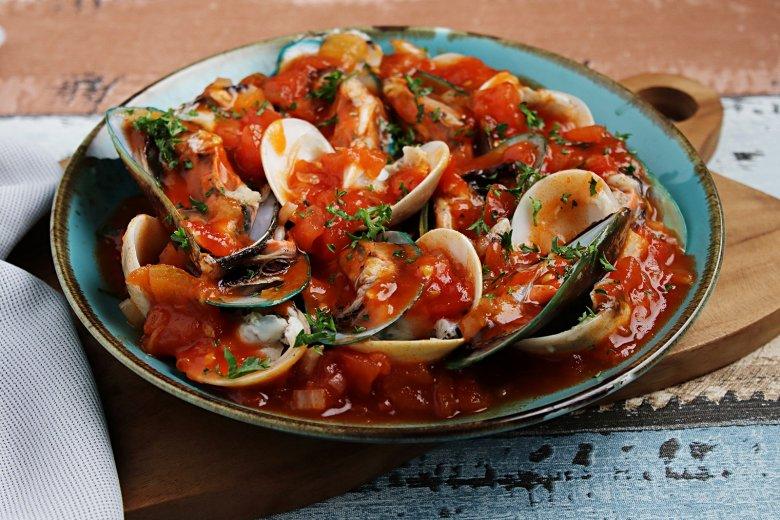 Italienische Muschelsuppe