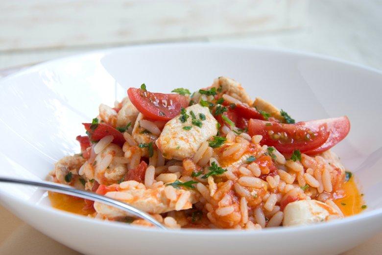 Hähnchen-Tomaten-Reis