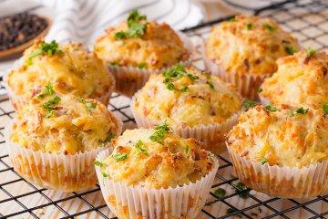 Zwiebel-Käse-Muffins