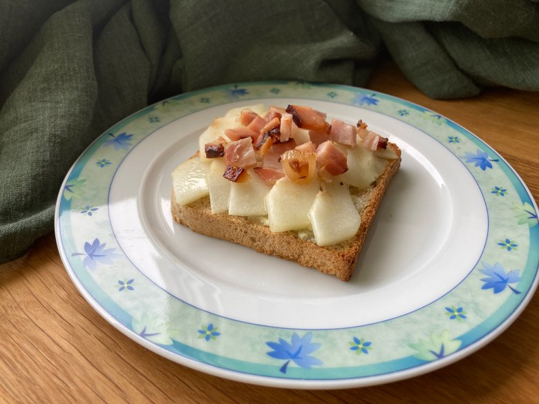 Roquefort-Toast