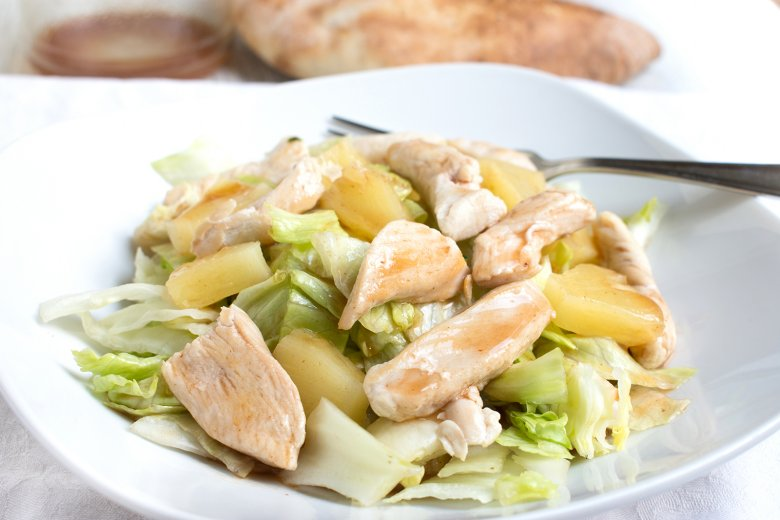 Hähnchen-Ananas-Salat
