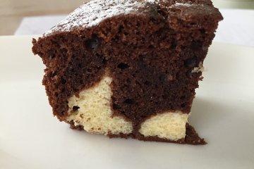 Schokoladenkuchen mit Cheesecakefüllung