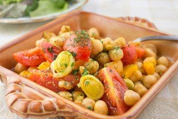 Aromatischer Kichererbsen-Salat