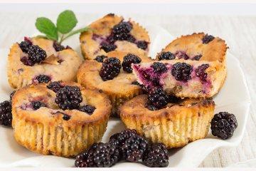 Brombeer-Muffins mit Buttermilch