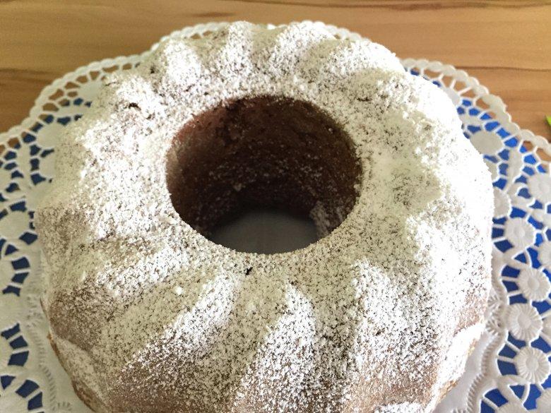 Napfkuchen mit Joghurt und Kakao