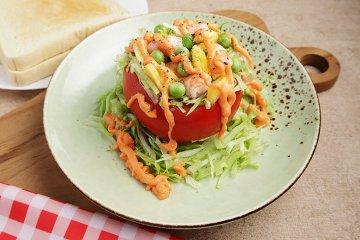Tomaten mit Crevetten-Füllung