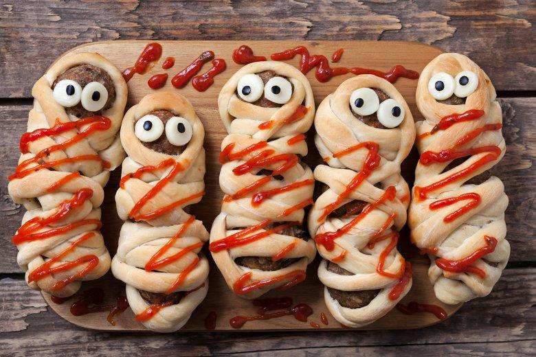 Halloween-Wurst-Mumien