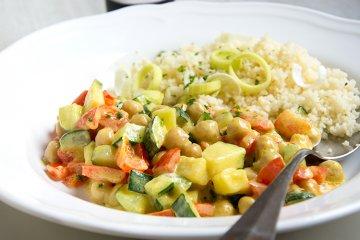 Vegane Gemüsepfanne mit Couscous