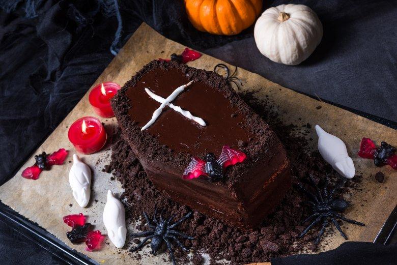 Schokoladiger Halloween-Sarg