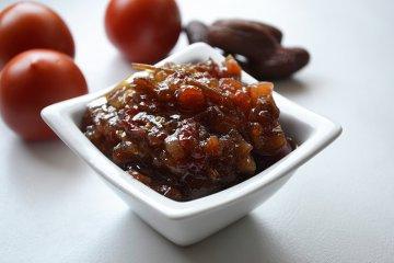 Tomaten-Datteln-Chutney