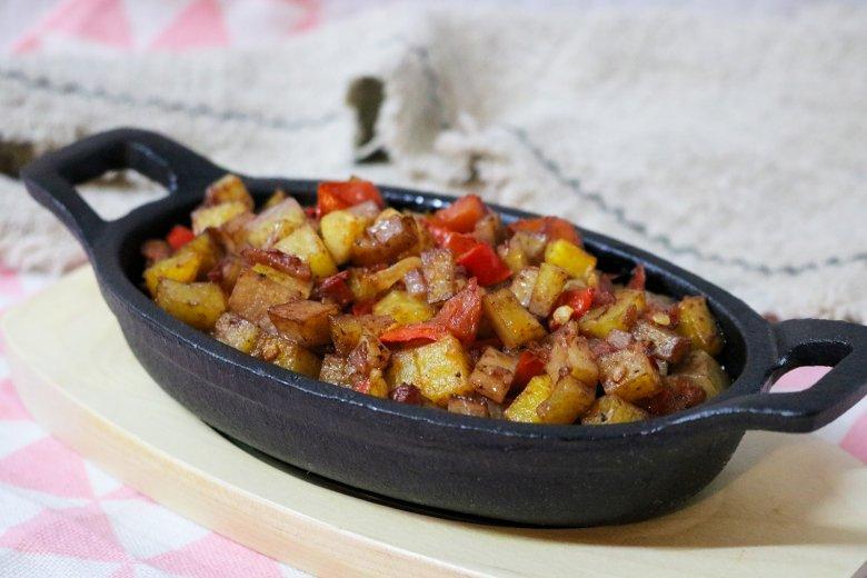 Kartoffeln mit scharfer Sauce