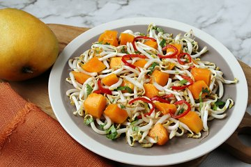 Mango-Sprossen-Salat