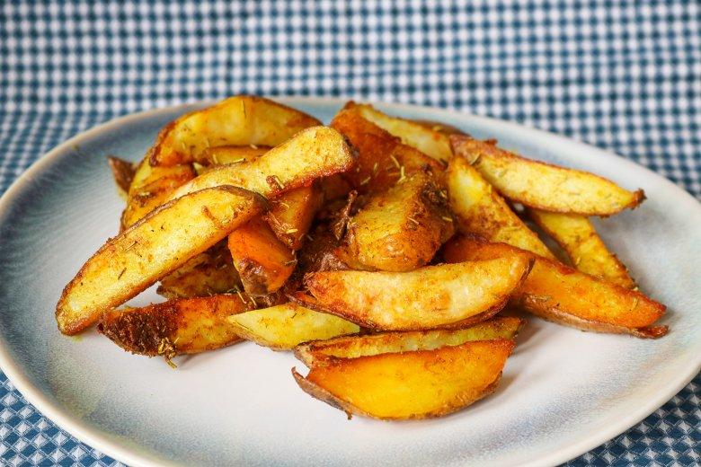 Curry-Kartoffelspalten