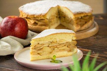 Gedeckter Apfelkuchen aus Mürbteig