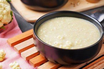 Gebundene-Blumenkohl-Suppe