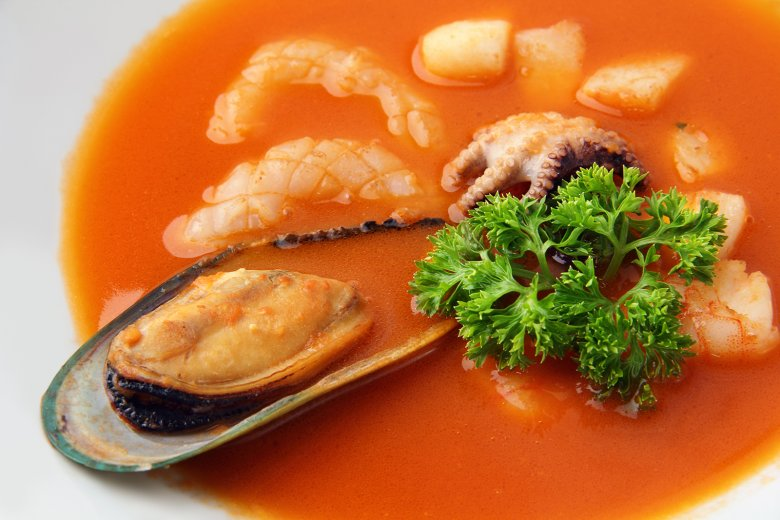 Meeresfrüchte-Tomatensuppe