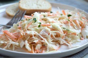 Amerikanischer Krautsalat