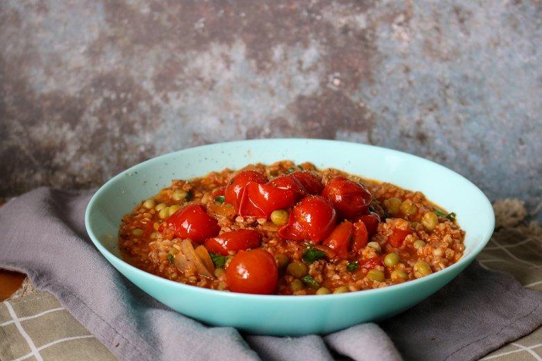 Dinkelrisotto mit Tomaten