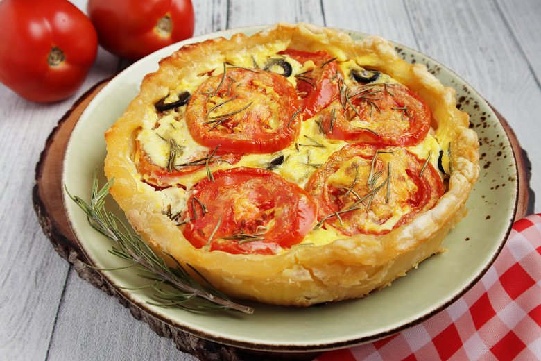 Tomaten-Senf-Tarte mit Rosmarin