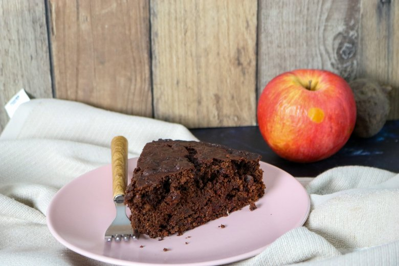 Rote Bete-Kuchen mit Kakao