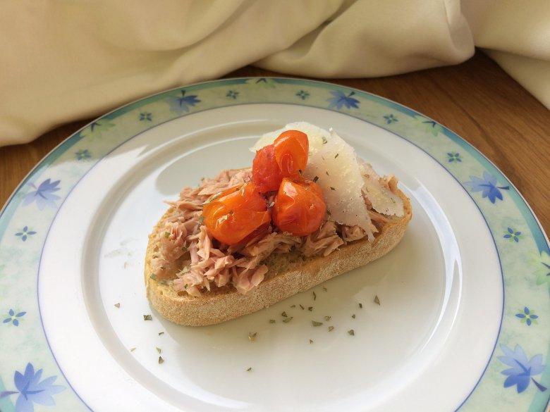 Bruschetta mit Thunfisch