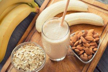 Bananen-Haferflocken-Smoothie